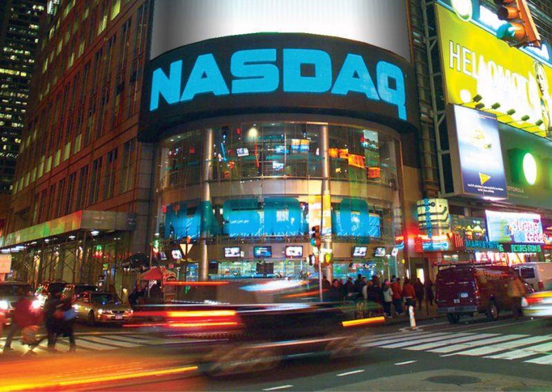 CEO di NASDAQ prende in considerazione le Criptovalute