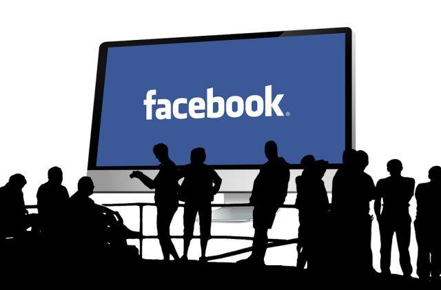 Facebook rilassa le regole sugli annunci di criptovaluta, sospende i divieti sugli Ico