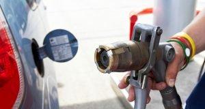 Siglato accordo fra Snam e Seat per le auto a Gas