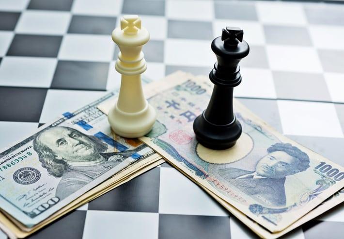 Yen e Dollaro: Guerra commerciale?