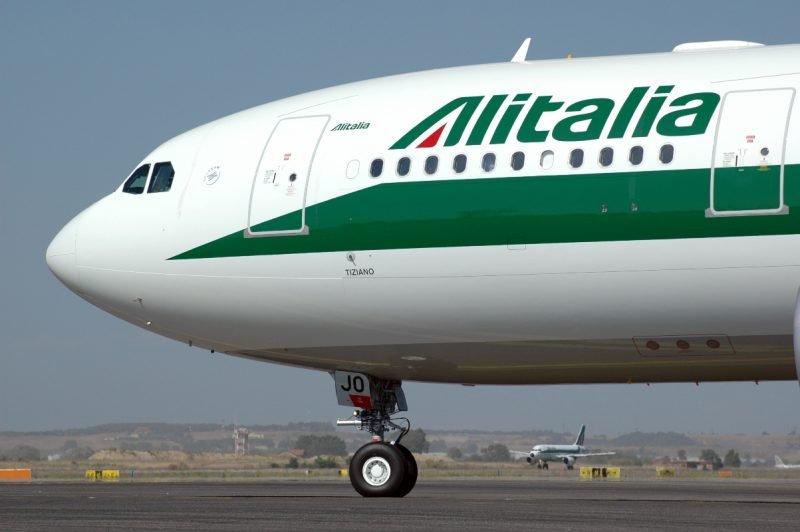 Non si ferma il lavoro su Alitalia