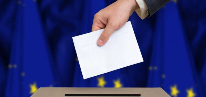 Aprono le urne per le elezioni del Regno Unito