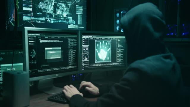 Hacker prosciuga il protocollo DeFi Warp Finance, perdendo quasi 8 milioni di dollari