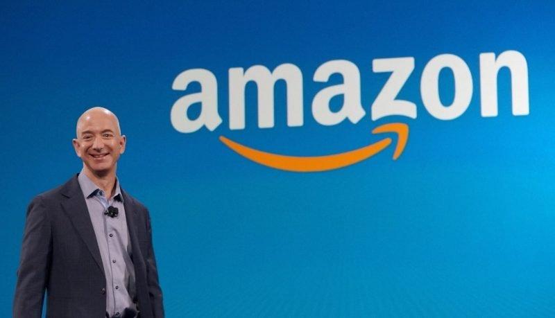 Jeff Bezos lascia la carica di CEO di Amazon