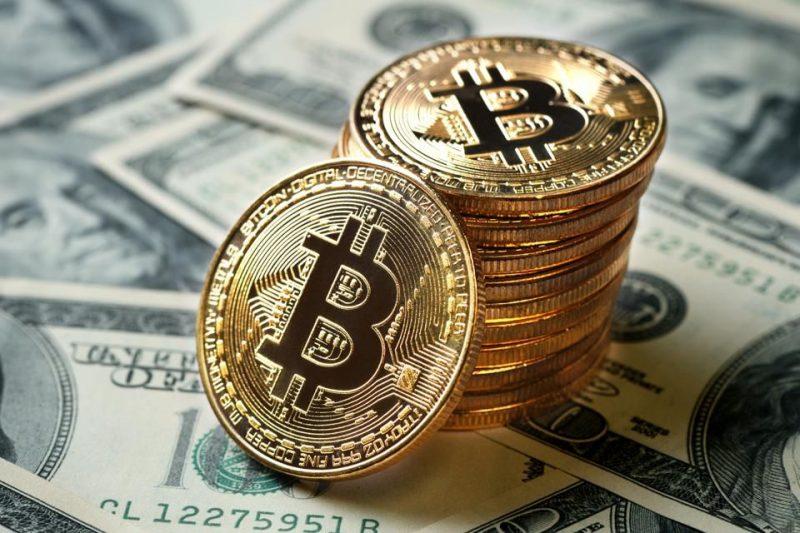 commercio bitcoin contanti)