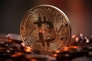 Il prezzo di Bitcoin lotta sopra i $ 45.000 dopo il crollo